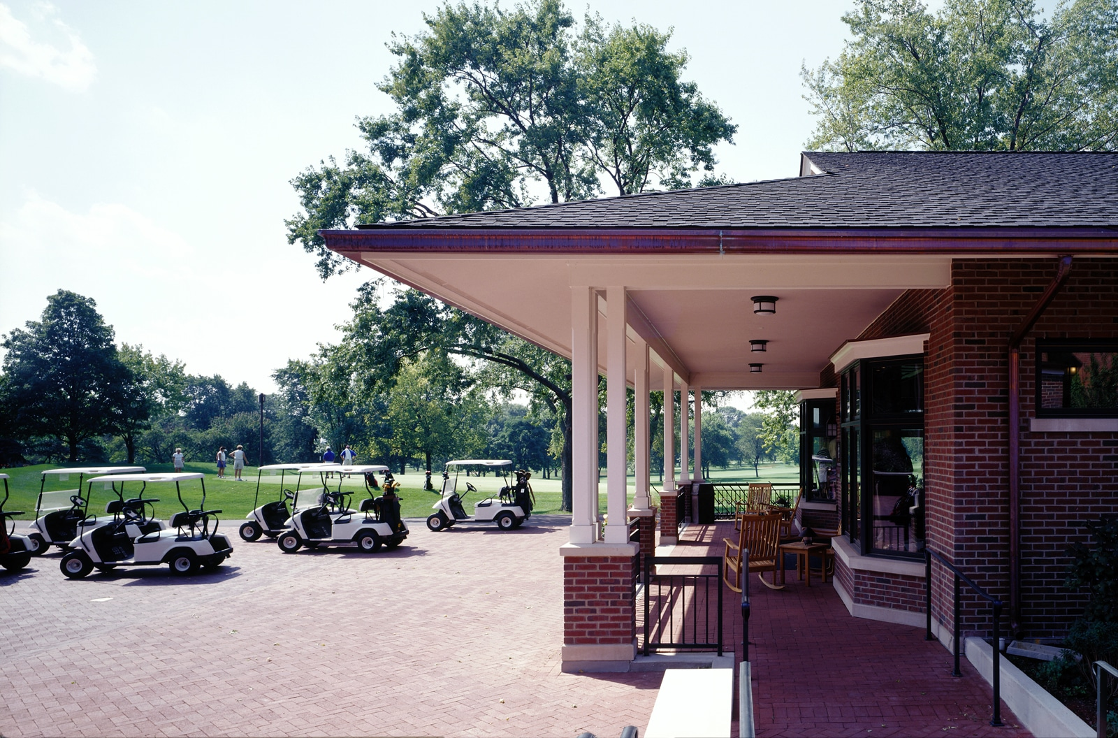 Ext- Golf Center Porch